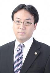 写真:弁護士 余郷浩