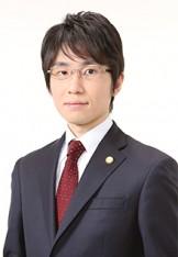 写真 弁護士 井上翔太