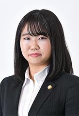 弁護士杉本桃子